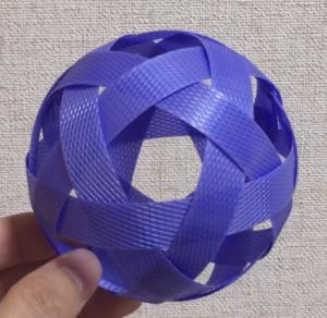 セパタクローのような編みボール(6本)